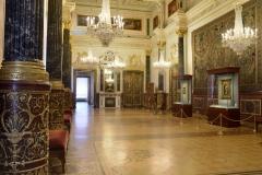 Leonardo_Room_Winter-Palace-©St.-Petersburg_The-State-Hermitage-Museum