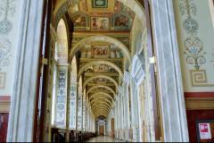 Raphael-Loggia-2.jpeg