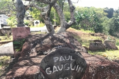 Gauguin_s-grave-IMG_3230