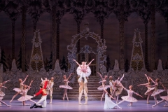 A scene from The Nutcracker by The Royal Ballet @ Royal Opera House. (Created 11-12-15) ©Tristram Kenton 12/15 (3 Raveley Street, LONDON NW5 2HX TEL 0207 267 5550  Mob 07973 617 355)email: tristram@tristramkenton.com