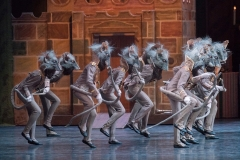 ROH-19-20_PRODUCTION-IMAGE_THE-NUTCRACKER_Artists-of-The-Royal-Ballet-School-in-The-Nutcracker-The-Royal-Ballet-c-2018-ROH.-Photograph-by-Alastair-Muir